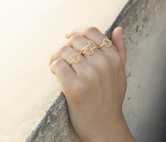 Modern minimalist jewelry design by Shlomit Ofir