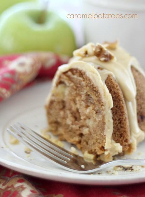 caramel apple bundt cake 086