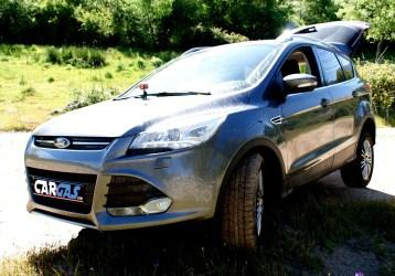 Javi Vega Ford Kuga frontal