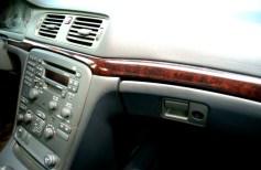 Volvo S80 detalle guantera