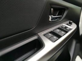 Subaru XV Boxer Diesel botonera puerta