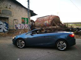 Lateral Opel Cabrio