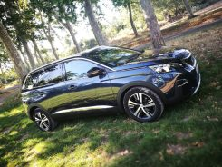 Peugeot 5008 GT Line lateral
