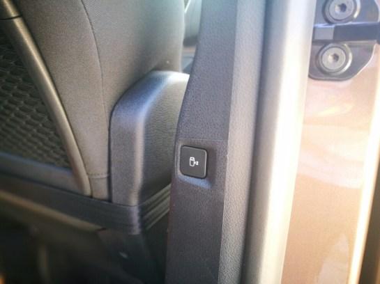 Toyota Proace Verso Family - botón puerta automática