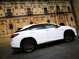 Lateral 2 Lexus Rx450h