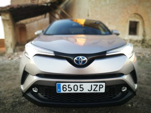Frontal C-HR