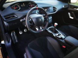 Puesto de conducción Peugeot 308 GTI
