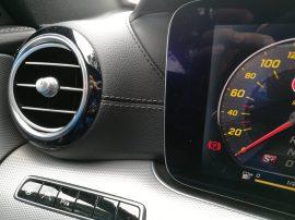 Mercedes Benz Clase E 220D difusores y costura
