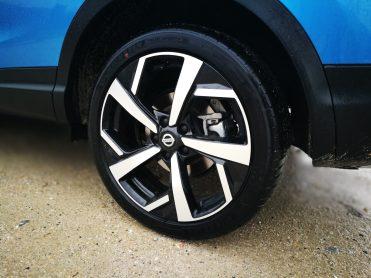 Nissan Qashqai 1.2 DIG-T 115 08-min