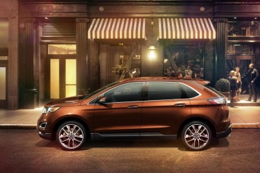 Ford Edge - Lateral