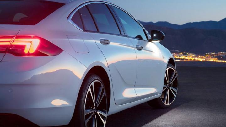 Opel Insignia Grand Sport 2.0 CDTI 170cv