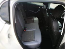 Espacio plazas traseras Peugeot 208 5p
