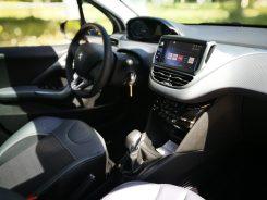 Detalles interiores Peugeot 208