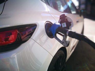 Repostando gasolina 98