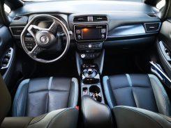 Interior cuero Nissan Leaf