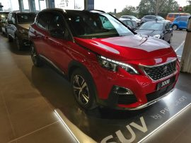 Peugeot 3008 GT Line en color Rojo Ultimate