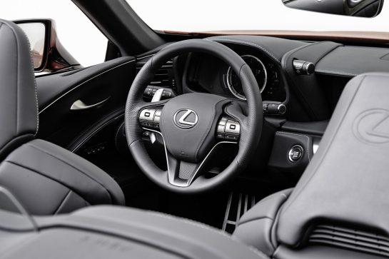 Interior Lexus LC500 Cabrio