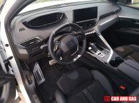 El interior del 5008 GT ofrece unos ajustes bastante buenos