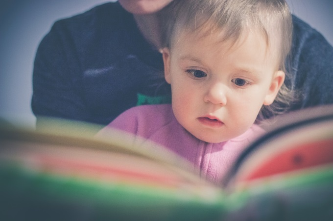 čitanje knjiga za decu