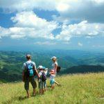 Mini eko zona – porodica koja raste u prirodi