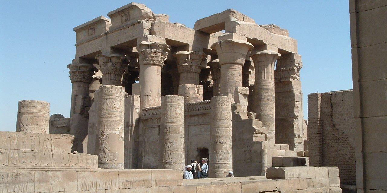 https://i2.wp.com/www.caravan-serai.com/wp-content/uploads/2017/08/Egypt06-148.jpg?resize=1280%2C640&ssl=1