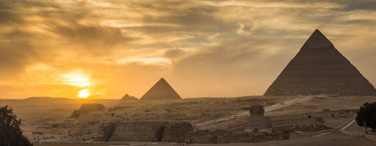 https://i2.wp.com/www.caravan-serai.com/wp-content/uploads/2019/09/Pyramids1.jpg?resize=1280%2C497&ssl=1