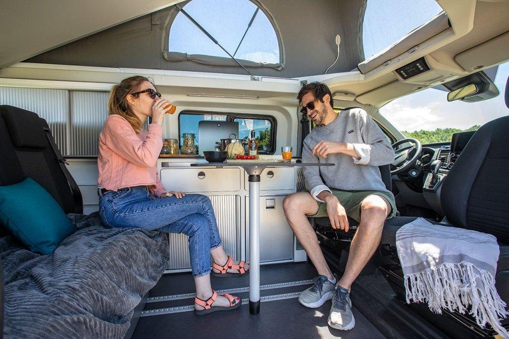 interior modelo P10 furgoneta camper