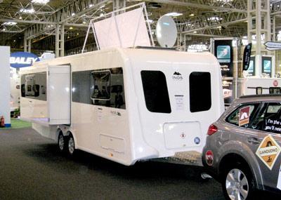 INOS slide out caravan