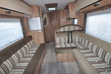 Pilote Reference G690LR Motorhome - lounge area looking back