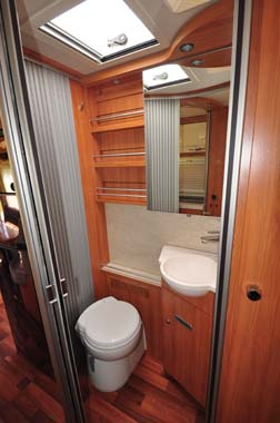 Hymer Starline Washroom