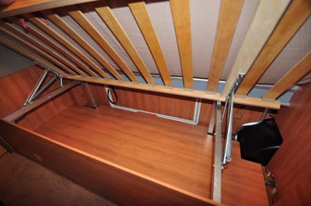 Hymer Nova 580 under-bed storage
