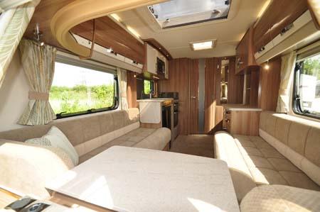 Swift Conqueror 480 Lounge