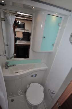 Swift Rio 325 Washroom