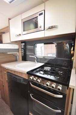 Swift Rio 325 kitchen