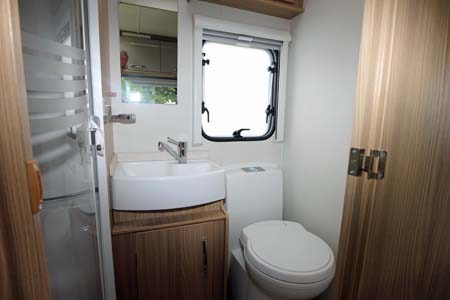 Coachman Vision 570 Washroom