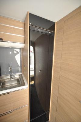 Adria Adora 432 DT Loire Fridge