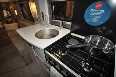 Swift Elegance 650 Kitchen (2)