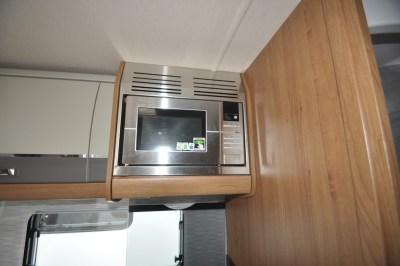 Auto Trail Comanche S microwave