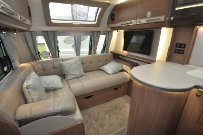 Buccaneer Barracuda Lounge (2)
