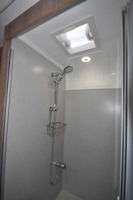 Bailey Unicorn Segovia Shower