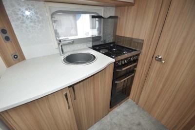 Lunar Delta TR Kitchen