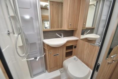 Hymer Exsis I 504 Washroom2