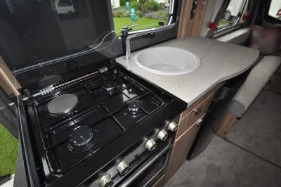 Swift Challenger 590 Kitchen