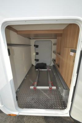 Knaus Sun Ti 700 MEG motorhome garage