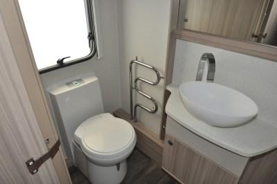 Coachman Pastiche 470 washroom