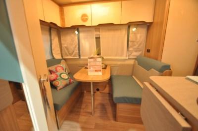 Weinsberg CaraTwo 390 QD Interior
