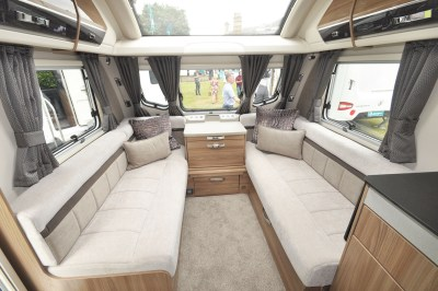 2019 Swift Elegance 560 lounge