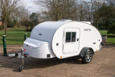 Carette 1500 caravan exterior nearside