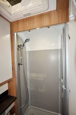 2020 Bailey Autograph 69-2 shower cubicle