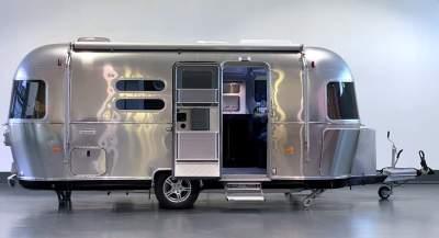 Cool Airstream caravan